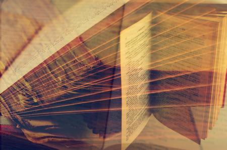 multiple exposure: un'esposizione multipla di alcune immagini di libri aperti