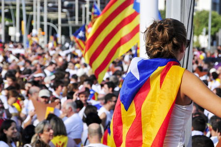 separatist: Barcelona, Spain - September 11, 2015: At least 1.4 million people partake in a rally in support for the independence of Catalonia in Barcelona, Spain, during its National Day Editorial