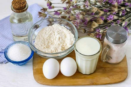 Prepare all ingredients. If your diet is not sparing, then replace sugar with honey or stevia, agave syrup. Banco de Imagens
