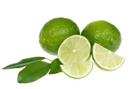 isolate: limes with leafs isolates on white background