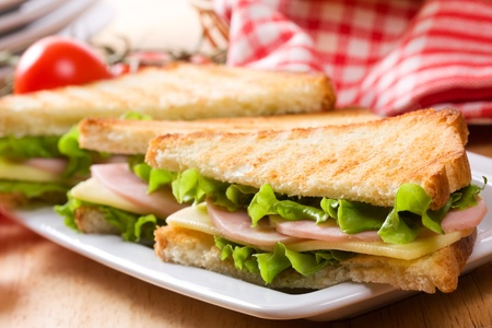 toast bread: sandwiches with bacon and vegetables