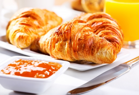 continental breakfast: breakfast with fresh croissants and jam Stock Photo
