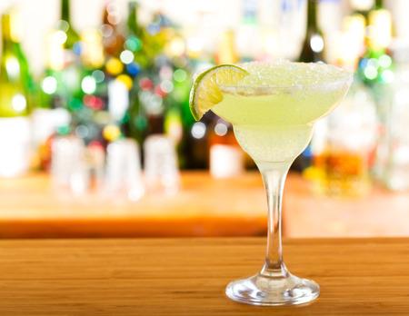 margarita: margarita cocktail in a bar