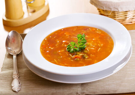 minestrone: plate of minestrone soup