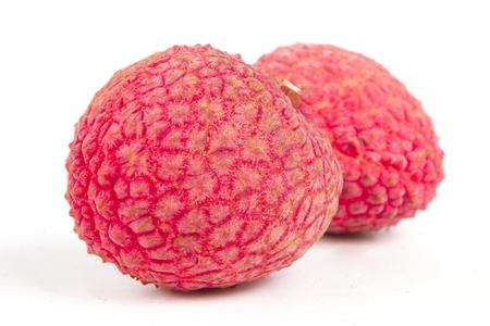 litschi: Fresh Lychee fruits close up isolated on white background