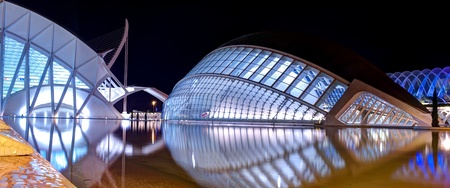 palau: VALENCIA, SPAIN - SEPTEMBER 5: Panoramic view of Hemisferic and Palau de Les Arts on September 5, 2011 in Valencia, Spain