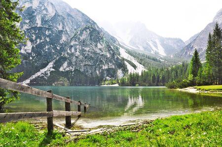 lago: Lago di Braies in Dolomiti Mountains, Italy