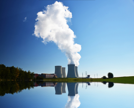 atomic structure: Nuclear power plant Temelin in the Czech Republic reflected in the water
