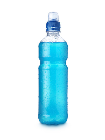 純粋な白の背景に青のエネルギー飲み物のショット
