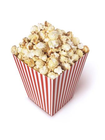palomitas: palomitas de la película aislada en blanco