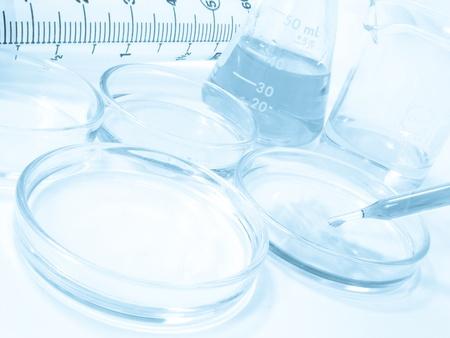 laboratorio clinico: Material de cristalería de laboratorio, investigación en ciencias experimentales en laboratorio  Foto de archivo