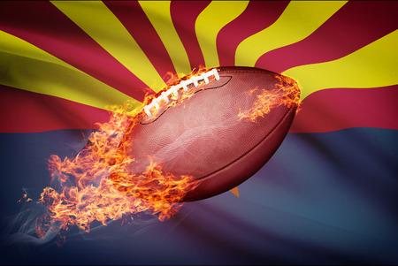 college footbal: Pelota de f�tbol americano con la bandera en serie apaisada - Arizona Foto de archivo
