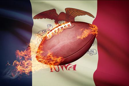 college footbal: Pelota de f�tbol americano con la bandera en serie apaisada - Iowa