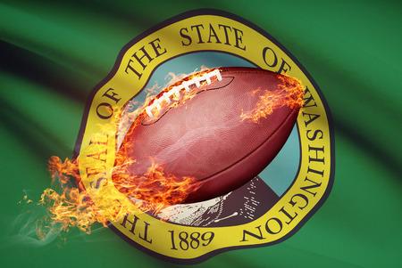 college footbal: Pelota de f�tbol americano con la bandera en serie apaisada - Washington Foto de archivo