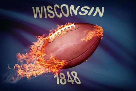 college footbal: Pelota de f�tbol americano con la bandera en serie apaisada - Wisconsin