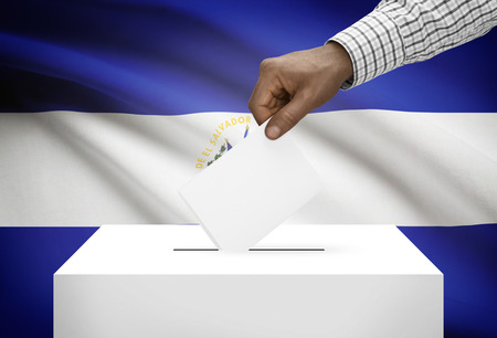 political system: Ballot box with national flag on background - El Salvador Stock Photo