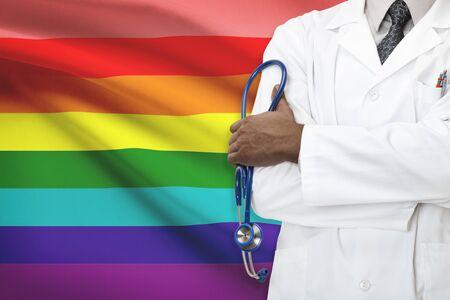 bandera gay: Concepto de sistema nacional de salud - LGBT- lesbianas, gays, bisexuales y personas transg�nero Foto de archivo