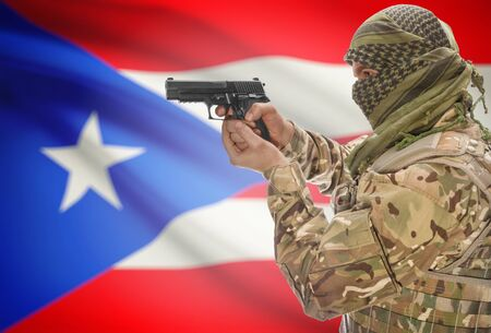 bandera de puerto rico: Male in muslim keffiyeh with gun in hand and national flag on background series - Puerto Rico