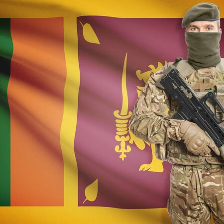 sri lankan flag: Soldier with machine gun and national flag on background series - Sri Lanka