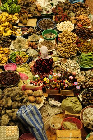 tourist spots: Siti Khadijah Market is located in Kota Bharu, Kelantan, Malaysia. It is the focal point of Kota Bharu to get groceries, wears and others. It is a popular tourist spots in Kelantan