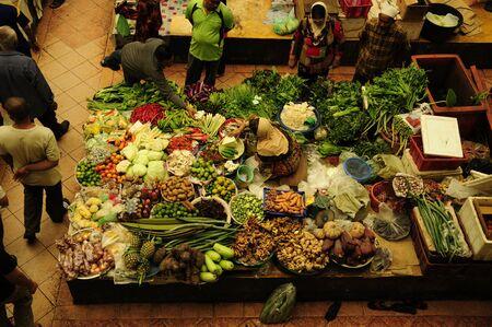 kelantan: Siti Khadijah Market is located in Kota Bharu, Kelantan, Malaysia. It is the focal point of Kota Bharu to get groceries, wears and others. It is a popular tourist spots in Kelantan