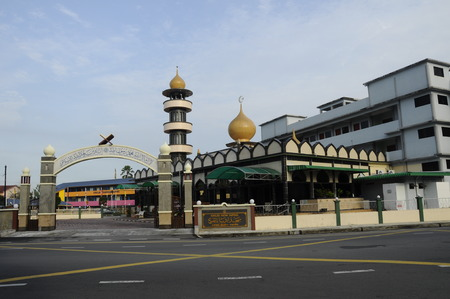 hardscape: Taiping Indian Mosque is the place of worship of the Indian Muslim community of Taiping. Located at the centre of Taiping Town In Perak, Malaysia. Editorial