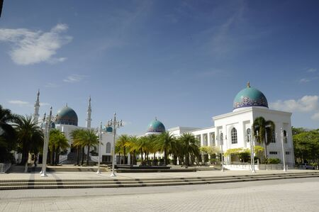 malai: Al Bukhari Mosque located at Mukim Alor Malai, Alor Setar, Kedah, Malaysia. This Mosque complex completed with others facilities such as hospital, hotels, commercial area and others.  Mosque design based on the design of mosques in Iran. Stock Photo