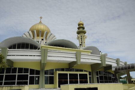 pulau: The Penang State Mosque or Masjid Negeri Pulau Pinang is a state mosque located in George Town, Penang,Malaysia. Construction of the mosque was completed in 1980.