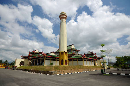 doa: The Masjid Jubli Perak Sultan Ismail Petra in Rantau Panjang, Kelantan, Malaysia. The mosque is also known as Masjid Beijing or Beijing Mosque due to its Chinese temple-like structure. Built between 2005 and 2009.
