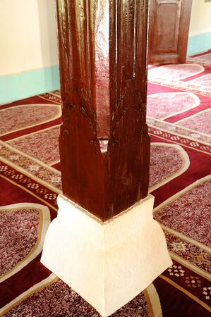 recite: Column detail of Peringgit Mosque. The mosque was built in 1868 after the old Mosque was destroy. In year 2002 The Malacca Government took the responsibilities to execute the conservation works to restore the original look of the Peringgit Mosque.