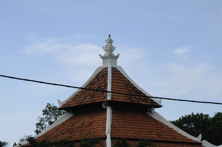 doa: Roof detail of Peringgit Mosque. The mosque was built in 1868 after the old Mosque was destroy. In year 2002 The Malacca Government took the responsibilities to execute the conservation works to restore the original look of the Peringgit Mosque.