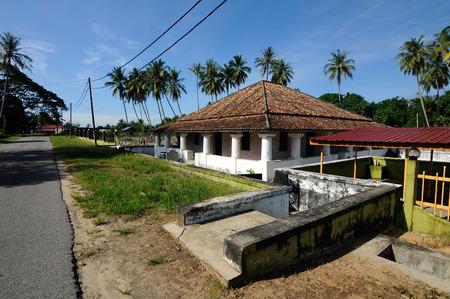 malay village: The new Mosque of Pengkalan Kakap located in Merbok Kedah Malaysia.