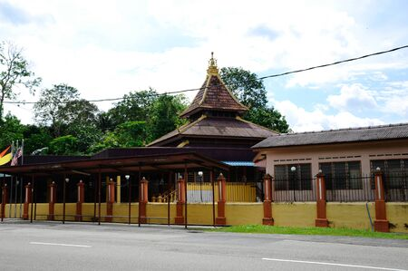 local government: Masjid Kariah Dato Undang Kamat was built on 1934 and refurbish by local government on 1980. It is located in Jempol district, Negeri Sembilan, Malaysia.