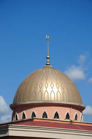 recite: KUALA LUMPUR, MALAYSIA  JANUARY, 2015: Dome of the new mosque of Masjid Jamiul Ehsan at Setapak Kuala Lumpur, Malaysia The mosque was built on 1991 and replaced the old Mosque nearby function. . Editorial