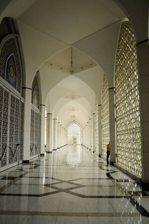 shah: Interior of the Sultan Salahuddin Abdul Aziz Shah Mosque is the state mosque of Selangor, at Shah Alam, Malaysia