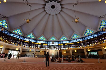 negara: KUALA LUMPUR, MALAYSIA  JANUARY 05, 2015: Interior of National Mosque of Malaysia a.k.a. Masjid Negara on January 05, 2015 at Kuala Lumpur, Malaysia. It was built in 1965 and has a capacity of 15,000 peoples. Editorial