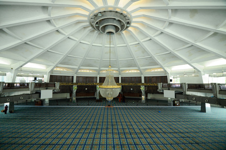 pinang: PENANG, MALAYSIA -APRIL 16, 2014: Interior of Penang State Mosque or Masjid Negeri Pulau Pinang. It was a state mosque located in George Town, Penang, Malaysia. Editorial