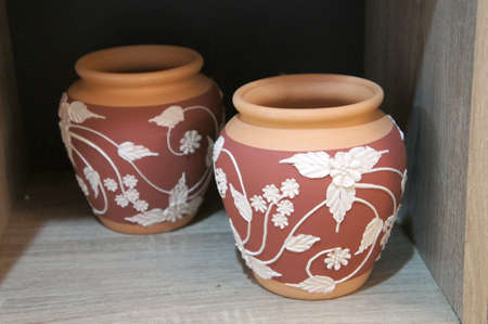 Traditional Malaysian pottery has been commercialized. Decorated with floral motifs and a variety of colors. The famous pottery is Labu Sayong.