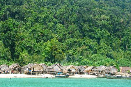 Sea gypsies(Sea nomads) , selon ,Moken village on the islands of the sea.