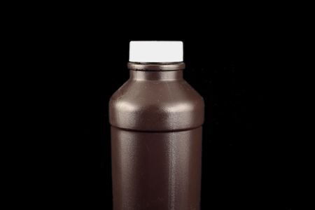 an image of a brown bottle