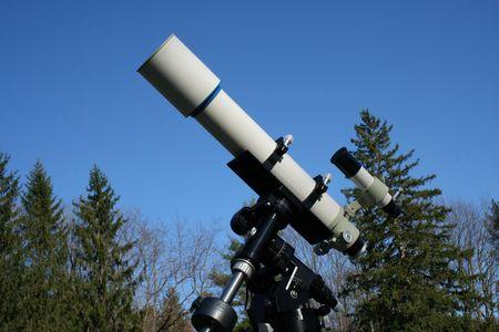 an image of a Refractor telescope Фото со стока
