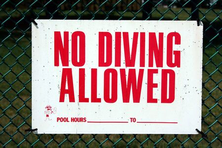 no diving sign: an image of a No Diving sign