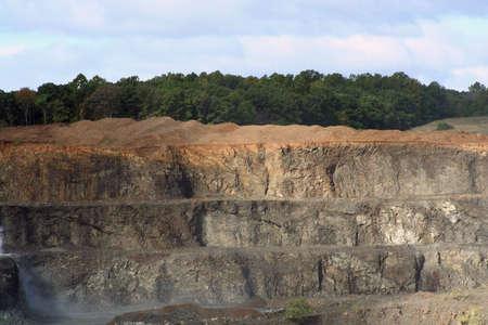 木と空岩採石場 写真素材