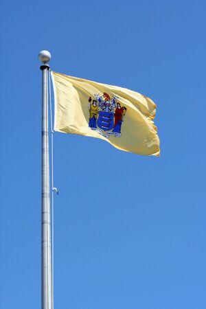 푸른 하늘에 대하여 뉴저지 상태 플래그 스톡 콘텐츠