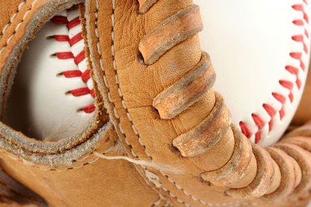 guante beisbol: Un guante de b�isbol con pelota macro