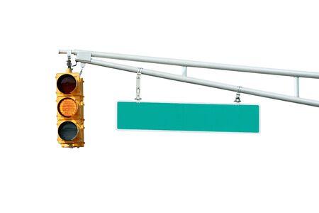 traffic signal: Vecteur jaune voie de signal lumineux avec un signe sur blanc
