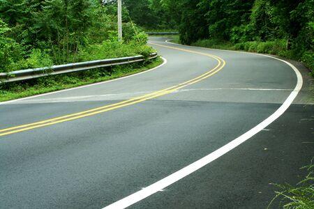 A 道路が木、巻線 写真素材 - 14511117