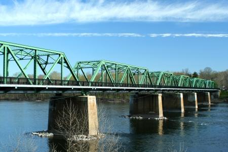 金属製のデラウェア州川に架かる橋します。 写真素材 - 20011165