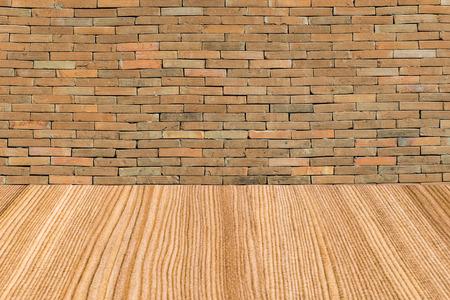 whit: Brick wall whit wood