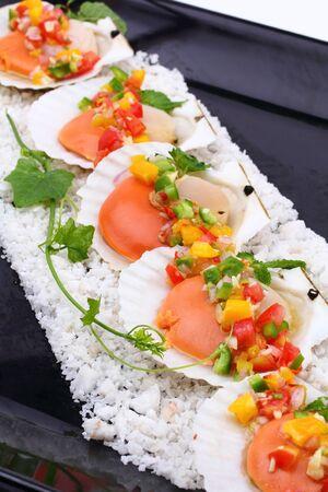 kitchen spanish: seared scallops with tropical salsa, Macro closeup for design work